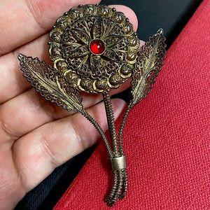 🖤Vintage Filigree flower brooch